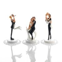 3 pcs Petits couples de mariés, résine, sur socle, 3 versions