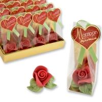 Pet. rose rouge en pâte d'amandes, dans sachet cellophane et carton