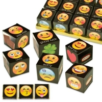 "Cube ""Emoticons"", assorti, garni de Napolitains"